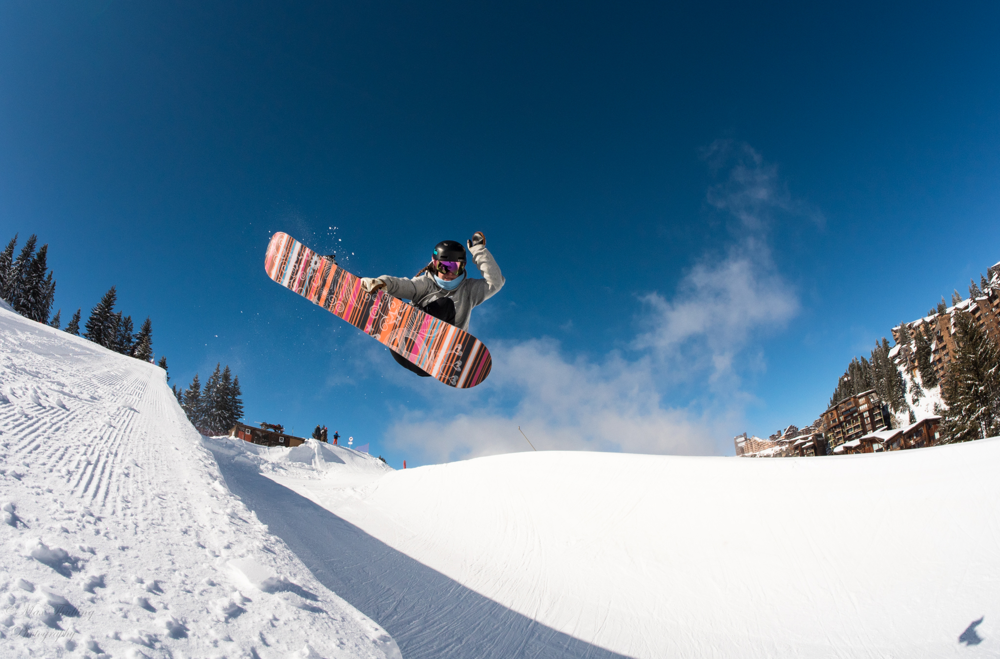 Frontside Indy in Avoriaz shot by Max Thidling